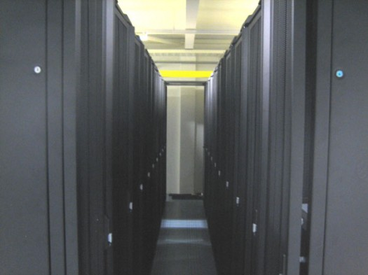 Data Center -  Between the Racks